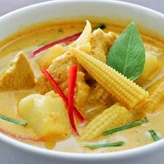 Yellow Chicken Curry my most favorite food ever. Lucky me I have a Thai husband to cook it for me whenever I want :)