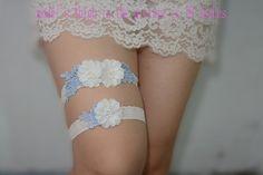 bridal garter, wedding garter, toss garter, lace garter, ivory rosette, Rhinestone pearl beaded garter    This amazing garter is specially for your