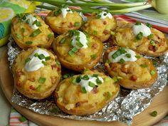 Pieczone ziemniaki z boczkiem | KuchniaMniam