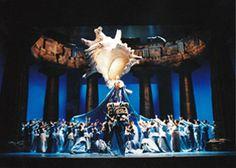 Imagen de http://www.gerardotrotti.com/wp-content/uploads/gerardo-trotti-obra-escenografia-representaciones-teatrales-opera-idomeneo-general.jpg.