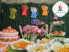 fiesta de cumpleaños infantil con tarta de chuches  child's birthday party with cake Marshmallow