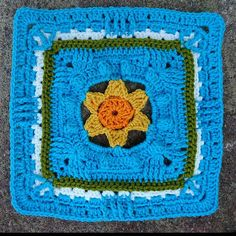 It is time for the fourth Kalevala CAL square. Crochet Granny, Mandala, Granny Squares, Blanket, Projects, Ravelry, Log Projects, Blue Prints, Crochet Pattern