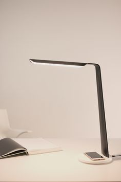 Swan table light stained in black Desk Lamp, Table Lamp, Design Products, Easy To Use, Light Table, Swan, Solid Wood, Modern Design, Innovation