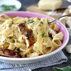 Fettuccine Alfredo With Grilled Chicken - Chili to Choc Grilled Chicken Alfredo, Homemade Alfredo, Fettuccine Alfredo, Pasta Dishes, Pasta Recipes, Pasta Salad, Entrees, Chicken Chili