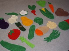Vegetable Felt Set/Flannel Board Set 20 pieces. $18.00, via Etsy.