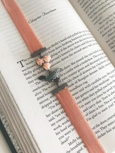 Beaded Bookmarks, Cross Stitch Bookmarks, Handmade Bookmarks, It Band, Bands, Small Journal, Corner Bookmarks, Book Markers, Book Sleeve
