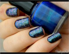 Nail Art Peacock Multichrome by Penélope Luz, via Flickr