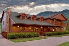 Berry Springs Lodge - Each of the rooms and suites has a color and flavor all its own to guarantee a romantic and/or peaceful interlude in this beautiful part of the country.