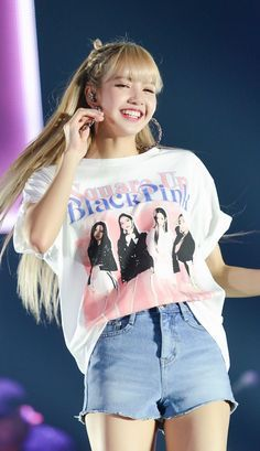 Untitled Kim Jennie, Blackpink Fashion, Korean Fashion, Lisa Blackpink Wallpaper, Lisa Bp, Black Pink Kpop, Blackpink Photos, Blackpink Jisoo, K Pop