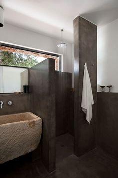 A Rural Home in Morciano di Leuca, Italy, bathroom