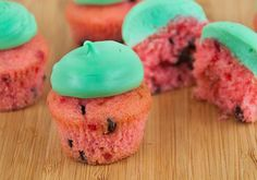 Watermelon Cupcakes. Strawberry cake mix with chocolate chips