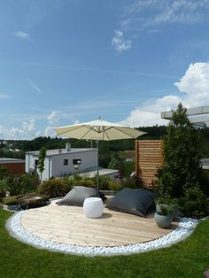 Sonnendeck nachher - Bilder und Fotos Remodeling and renovation of modern garden design with modern planting …. – Garden ideas Source by famtaiber Modern Garden Design, Contemporary Garden, Landscape Design, Modern Design, Modern Planting, Home Decor Pictures, Decoration Pictures, Garden Pool, Sunken Garden