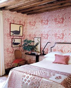 "Oh, to have some drywall... this would be SO wonderful in our cabin's ""treehouse"" bedroom [interior, Tom Scheerer]"