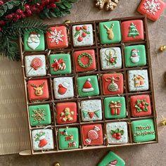 Christmas Sugar Cookies, Christmas Snacks, Christmas Love, Christmas Holidays, Cute Cookies, Cupcake Cookies, Macaroon Packaging, Biscotti Biscuits, Cookie Box
