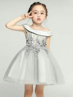 Fashion Kids, Little Girl Fashion, Blush Flower Girl Dresses, Prom Girl Dresses, Baby Skirt, Baby Dress, Dress Anak, Birthday Dresses, Tulle Dress