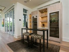 Naples, Florida - Interesting use of space!