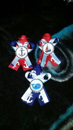 Guest corsages for nautical boy baby shower☺ Distintivos Baby Shower, Baby Shower Themes, Baby Shower Marinero, Baby Corsage, Sailor Baby Showers, Sailor Theme, Nautical Baby, Baby Shower Centerpieces, Baby Shower Invitations