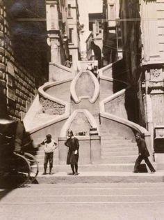 """""""Kamondo Merdivenleri fayda ve sanat arasındaki ilginç bir füzyonu temsil ediyor"""" B. Nadel #İstanbulBeniBırakma #istanlook"""