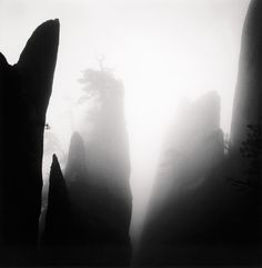 Michael Kenna -repinned by Los Angeles County, CA photography studio http://LinneaLenkus.com  #photography