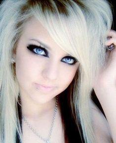 medium-emo-hairstyle-for-girls-08