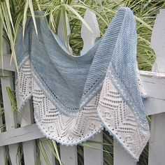 Partly Sunny shawl knitting pattern by Jennifer Weissman. Garter stitch and border inspired by Estonian lace. This and more colorful shawl knitting patterns at http://intheloopknitting.com/colorful-shawl-knitting-patterns/