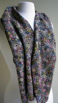 Mini hexagon scarf - Sophie Digard crochet