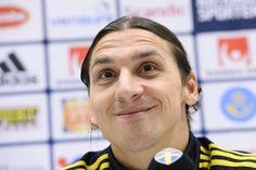 Sivri dilli star Zlatan Ibrahimovic, attığı goller kadar sözleriyle de gündem yaratmış futbolcuların başında geliyor. http://www.trtspor.com.tr/foto-galeri/sivri-dilli-star/90.html