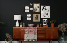 This week will be all about the interior community at{mine}.com. What I love most about at{mine} is the great variety of styles. I benefit from the diversity – it makes me search for my very own style and doesn't give a fixed answer on how to make a house a home.Welcome to my {at}mine-week! And these are the topics: day 1:Bold colors! Walls painted in dark blue and black day 2:Eclectic: flawless compositions day 3:Monochromes: less is more day 4: Flowers and leaves day 5: Candy christmas…