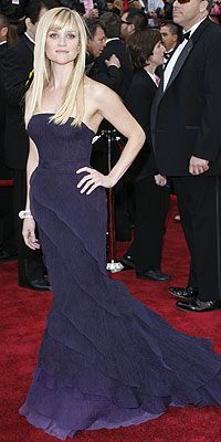 Reese in a tiered Nina Ricci gown & a 38 carat Van Cleef and Arpels diamond bracelet 2008 Oscars