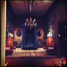MET Museum, New York City #art #interior #1900