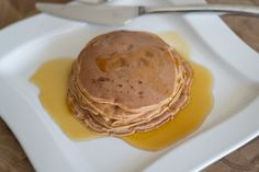 Pancakes for the new year - healthy AND tasty >> http://www.hithaonthego.com/recipe-protein-pancakes/