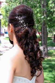 My hair for my wedding. Homecoming Hairstyles, Bride Hairstyles, Pretty Hairstyles, Wedding Hair And Makeup, Hair Makeup, Wedding Beauty, Winter Wedding Hair, Curls For Long Hair, Bridesmaid Hair