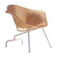 Modelo · Ayu · Roderick Vos · Driade Store 2002    Usa el mimbre como elemento principal. Elemento clásico como símbolo de modernismo.