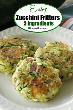 Swap Panko for Parmesan to drop carbs. There are just 5 ingredients in these easy Zucchini Fritters including tangy feta cheese! A healthy appetizer or meatless main dish that's ready in minutes! Side Dish Recipes, Vegetable Recipes, Vegetarian Recipes, Cooking Recipes, Healthy Recipes, Lunch Recipes, Dinner Recipes, Zucchini Fritters, Fried Zucchini