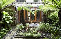 http://www.gardenista.com/files/styles/733_0s/public/img/sub/uimg/07-2012/700_hanway-house-13-jpeg.jpg