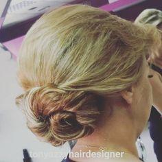 Hairstyle@tonyazzyhairdesigner#like4like#weddinghair#hair#hairtutorial#instahair#hudabeauty#wedding#tonyazzy#luxurylifestyle#trendy#stylish#fashion#celebrity#russia#tokyo#paris#singapore#london#dubai#abudhabi#quatar#bahrain#egypt#erbil#jordan#kwt#morocco#beirut http://tipsrazzi.com/ipost/1513695521147396905/?code=BUBug58FyMp