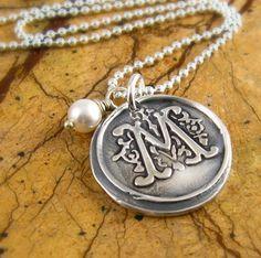 prettiest monogram necklace i've seen