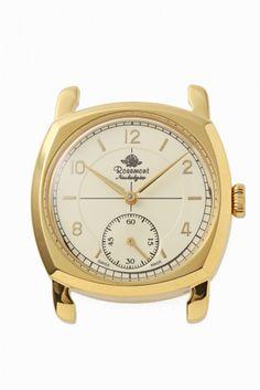 N001-01  N001-01 18360 Rosemont Nostalgia選べるベルトフェア対象商品 Rosemont Nostalgia/N001-01 1920後半1940年代に流行した クッションタイプと呼ばれるケースです お好みのベルトをお選びいただき自分らしい腕時計を カスタムしてみてはいかがでしょうか 素材ステンレス ムーブメントクォーツ 防水性3気圧防水 保証書について 保証書は購入明細書納品書と合せて保管していただきますようお願いします 修理の際は保証書と購入明細書納品書を合わせてご提出ください ご購入の注意点 こちらは時計本体のみの販売となっております この商品のケースカラーはゴールドです ベルトをお買い求めの際はゴールドの尾錠がついたベルトをご購入ください