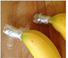 To keep bananas fresh & yellow for longer, just wrap the stem with Saran Wrap.