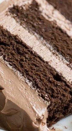Simply Perfect Chocolate Cake ~ Easy, one-bowl recipe, moist and melt-in-your-mouth, with tons of deep chocolate flavor. THE BEST chocolate cake recipe out there. Chocolate Cake From Scratch, Perfect Chocolate Cake, Amazing Chocolate Cake Recipe, Marble Cake Recipes, Dessert Recipes, Philadelphia Torte, Kolaci I Torte, Vanilla Recipes, Savoury Cake