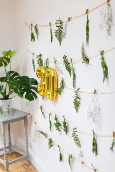 Botanical background from Elegant Botanical Garden Birthday Brunch at Kara's Party Ideas. See the on point ideas at karaspartyideas.com! #30thbirthday #30th #adultparty