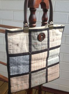 Textured Taupes Carry Bag pattern