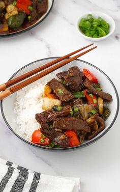Easy Beef In Black Bean Recipe Beef In Black Bean Sauce, Black Bean Sauce Recipe, Black Beans, Sauce Recipes, Beef Recipes, Cooking Recipes, Chinese Stir Fry, Black Bean Recipes, Marinated Beef