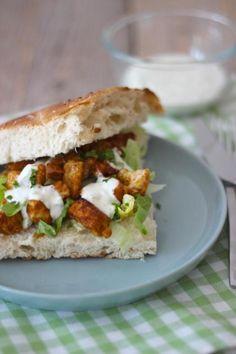 Recept voor Turks brood met kipshoarma en tzatziki