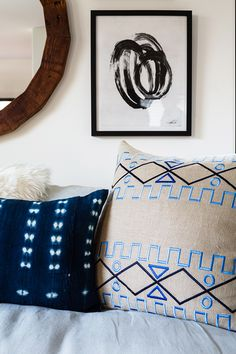 mixing patterns with pillows