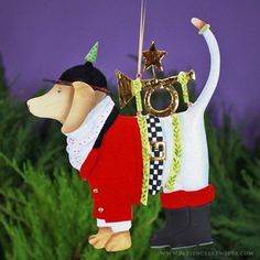 Tin Bugler Beagle Ornament