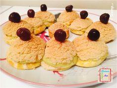 Éclair Pistache et Cerise | Maman Adèle aux fourneaux Pancakes, Cookies, Breakfast, Desserts, Food, Pistachio, Cherry, Sprouts, Mom
