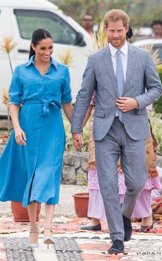 Meghan Markle Rocks a Wild Print for Royal Visit Meghan Markle Dress, Meghan Markle Style, Megan Markle Prince Harry, Prince Harry And Meghan, Royal Fashion, I Love Fashion, Autumn Fashion, Kate Middleton, Navy Blue Pumps