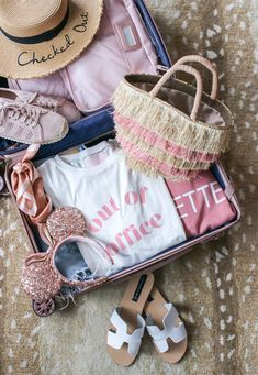 Best Travel Products, Favorite Travel Products, Rose Gold Luggage, Calpak Rose Gold Luggage, Disney Packing