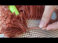 Diy Crafts Hacks, Diy Crafts To Sell, Diy Crafts For Kids, Rug Hooking Designs, Pom Pom Rug, Crochet Carpet, Handmade Rugs, Handmade Gifts, Diy Gifts